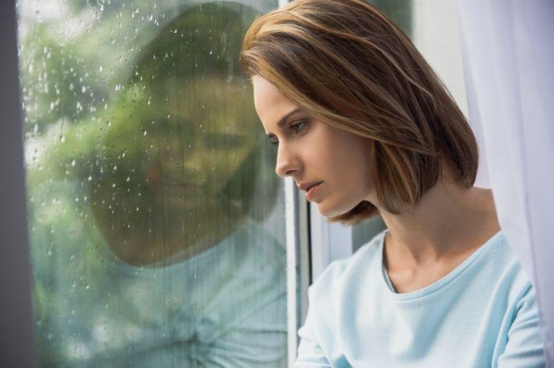Meteosenzitivita - žena za sklom